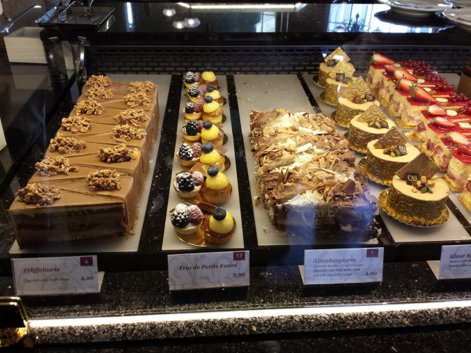 Different assortement of cakes.